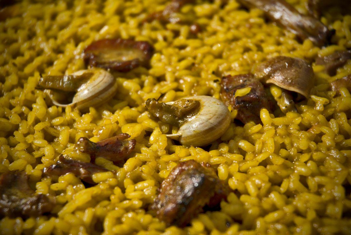 He aquí el arroz con conejo y caracoles del 'Paco Gandía'. Foto: Andrés Deltell.