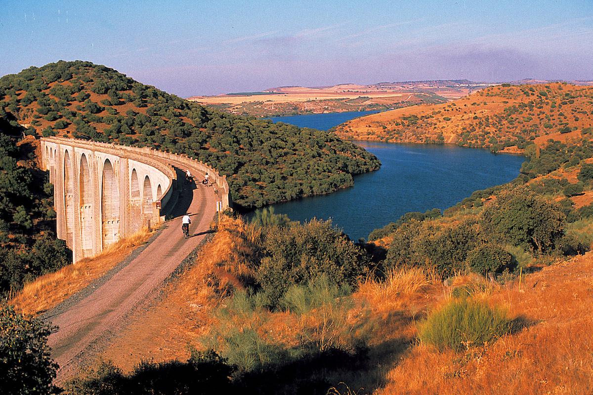 Vía Verde de la Jara. Foto: Fundación de los Ferrocarriles Españoles.
