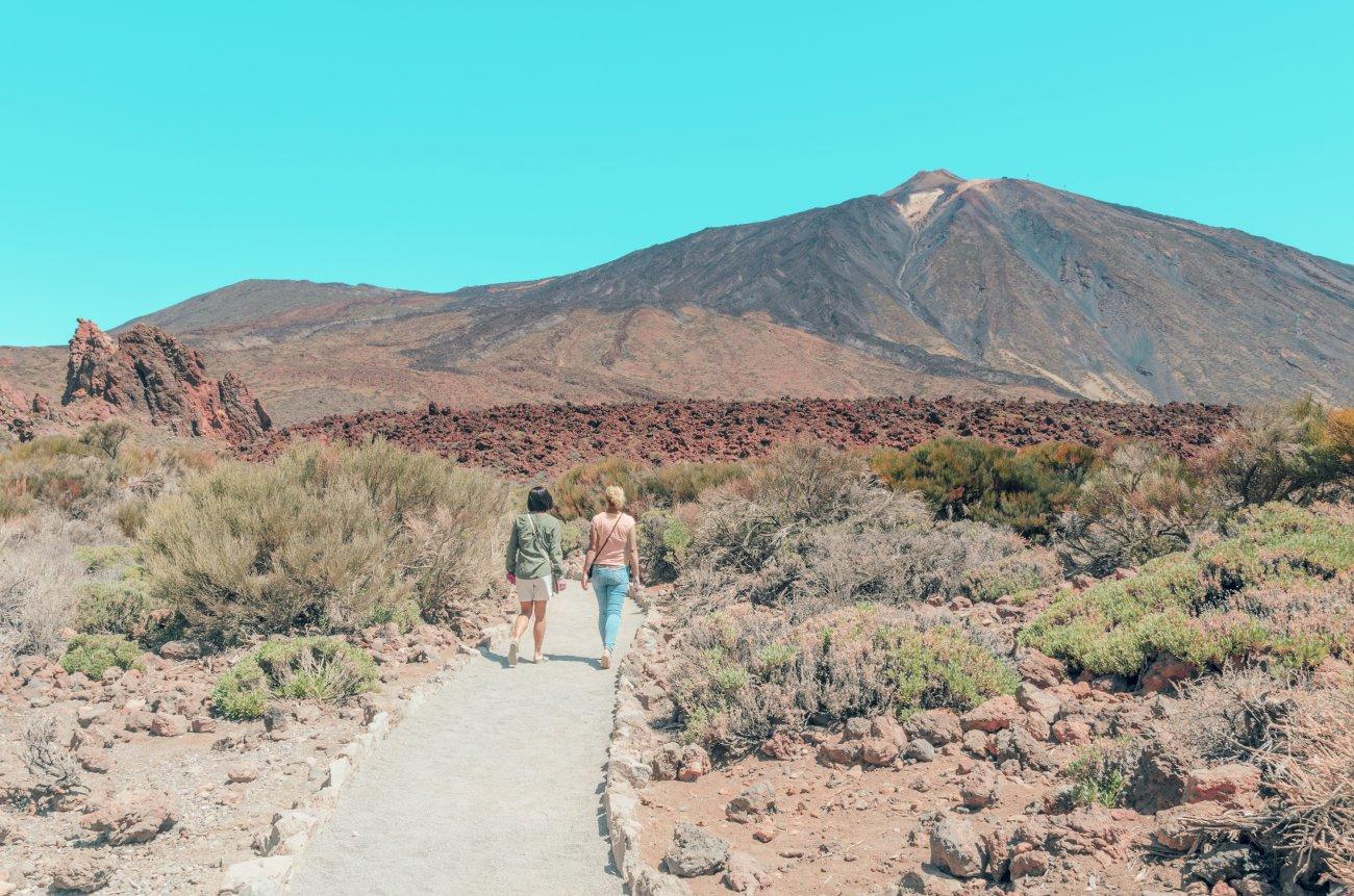 Parque Nacional Teide: paseo por Las Canadas, a los pies del Teide.