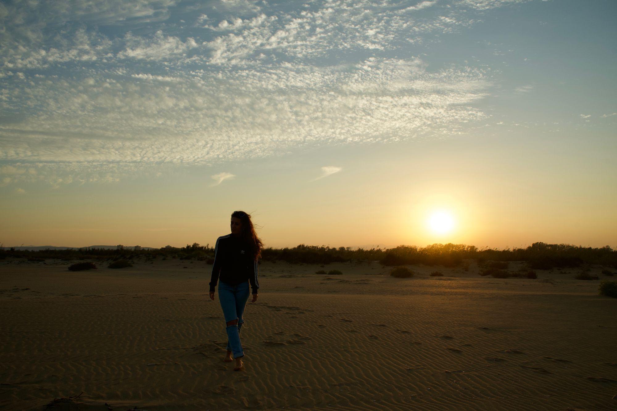Entre las dunas del Parque Natural de las Marismas del Ampurdán, atardeceres inolvidables.