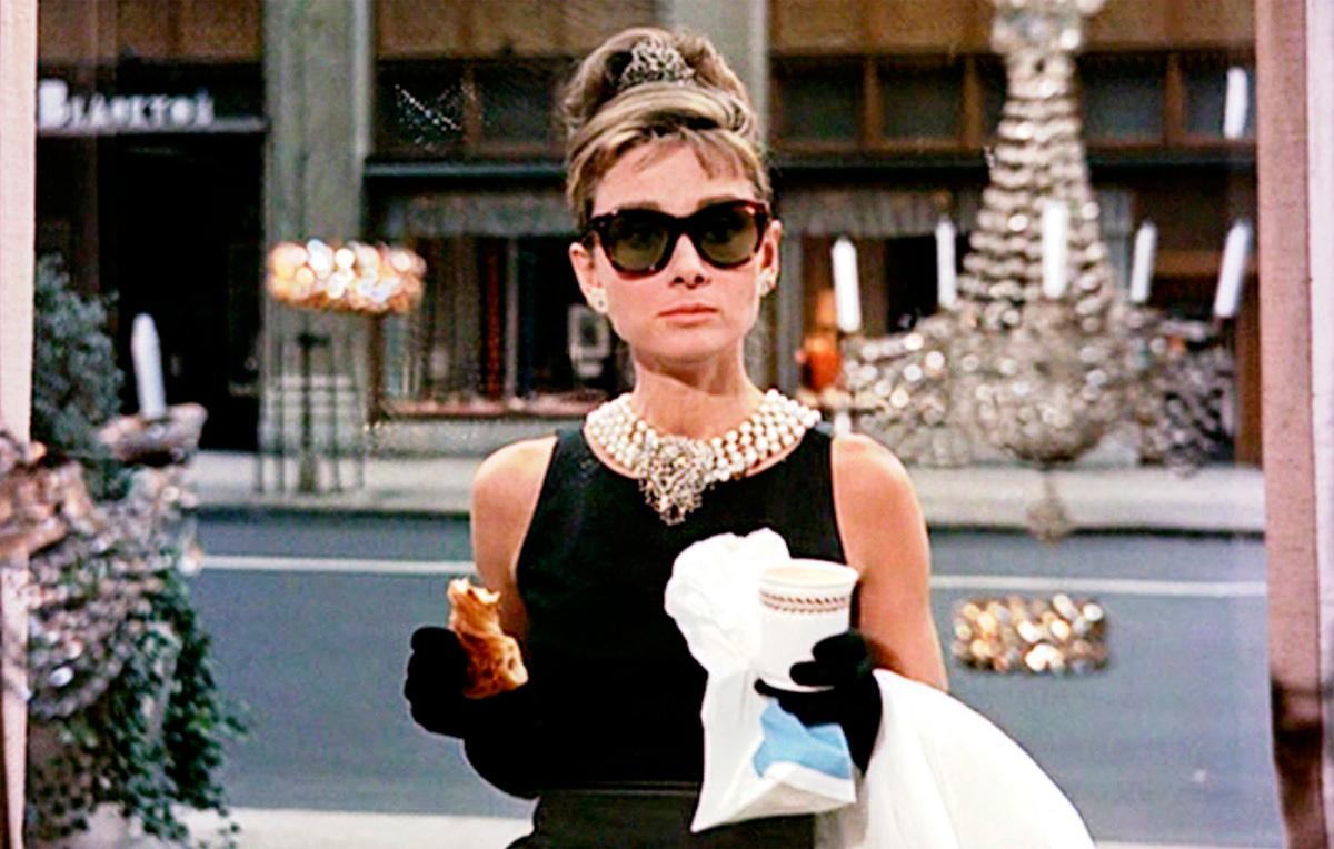 ¿Quién podría olvidarla en 'Desayuno con diamantes'?