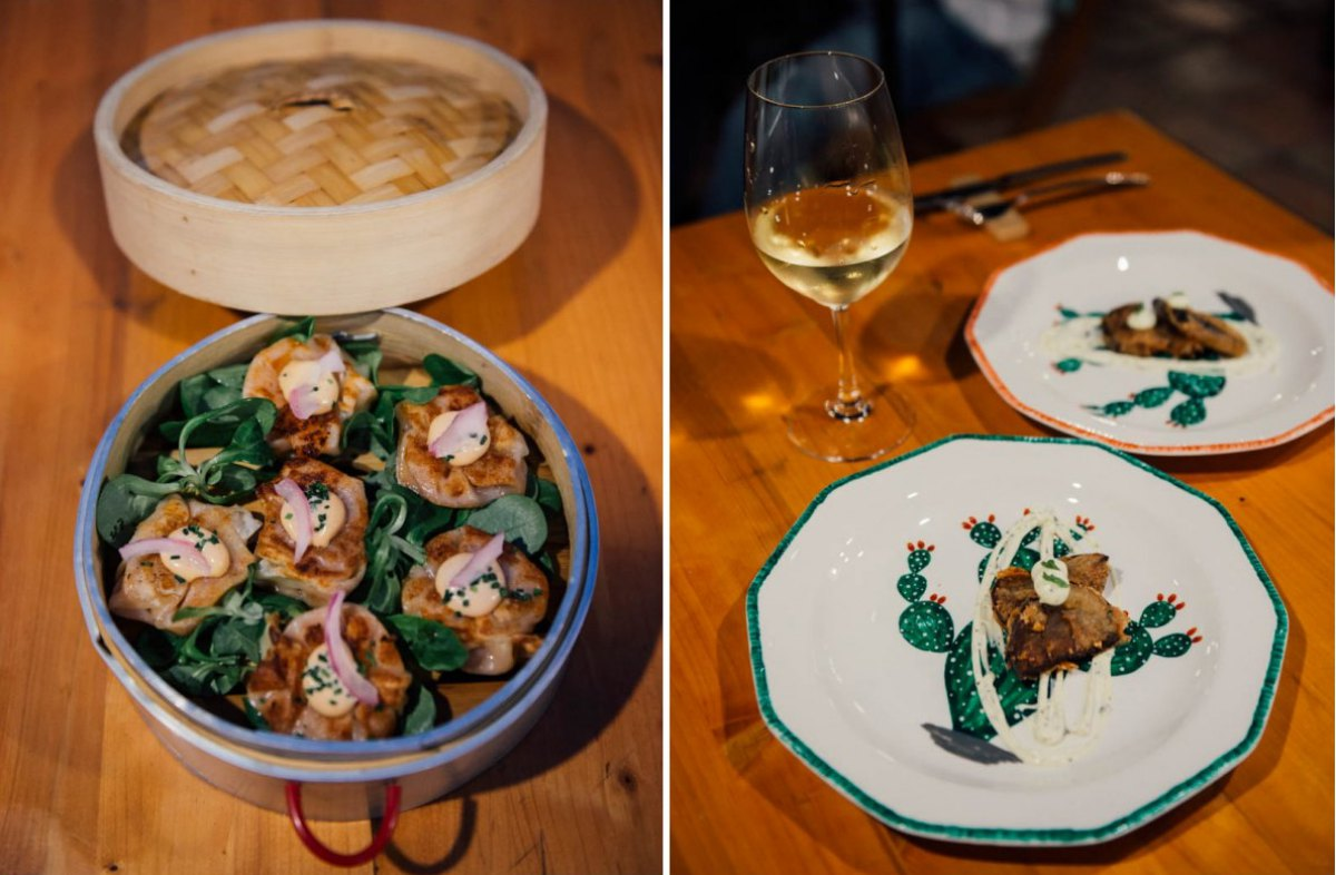 Dos bocados asiáticos: los 'dumplings' con gambas al ajillo y la berenjena chinas fritas en harina de arroz.