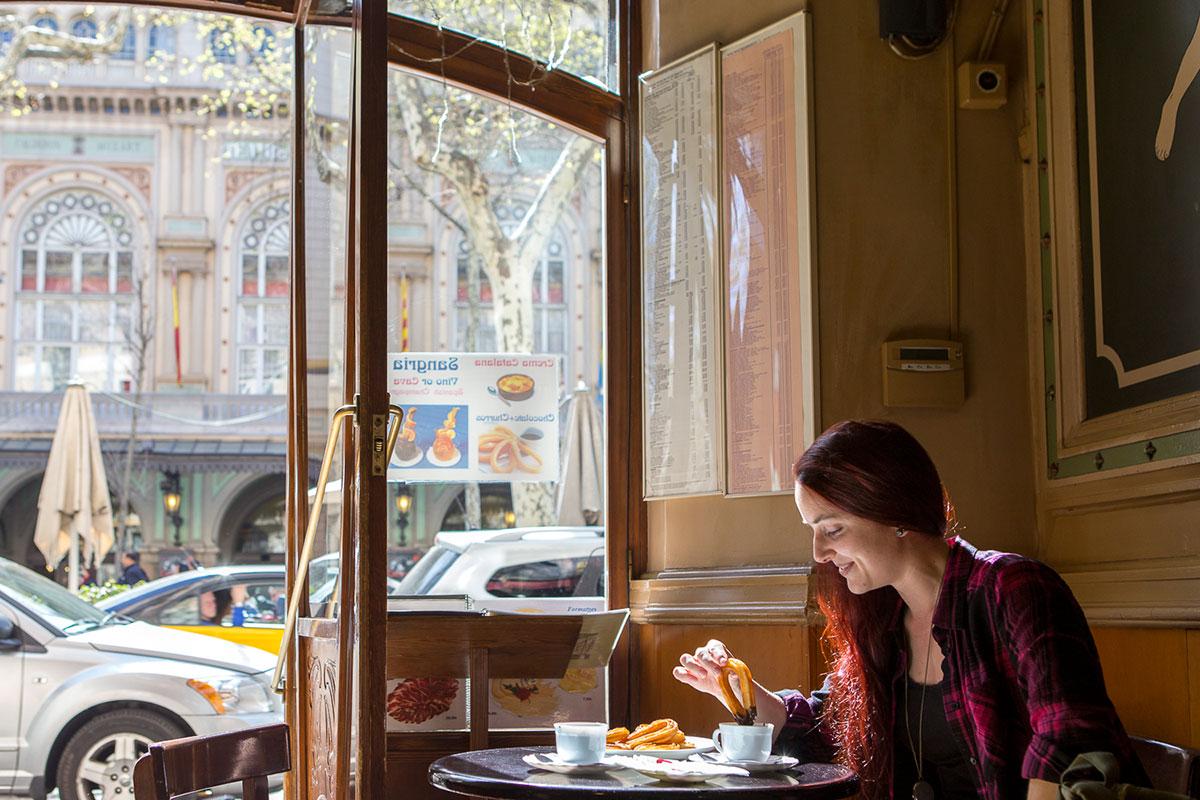 El café siempre ha sido frecuentado por gente bohemia e intelectual.