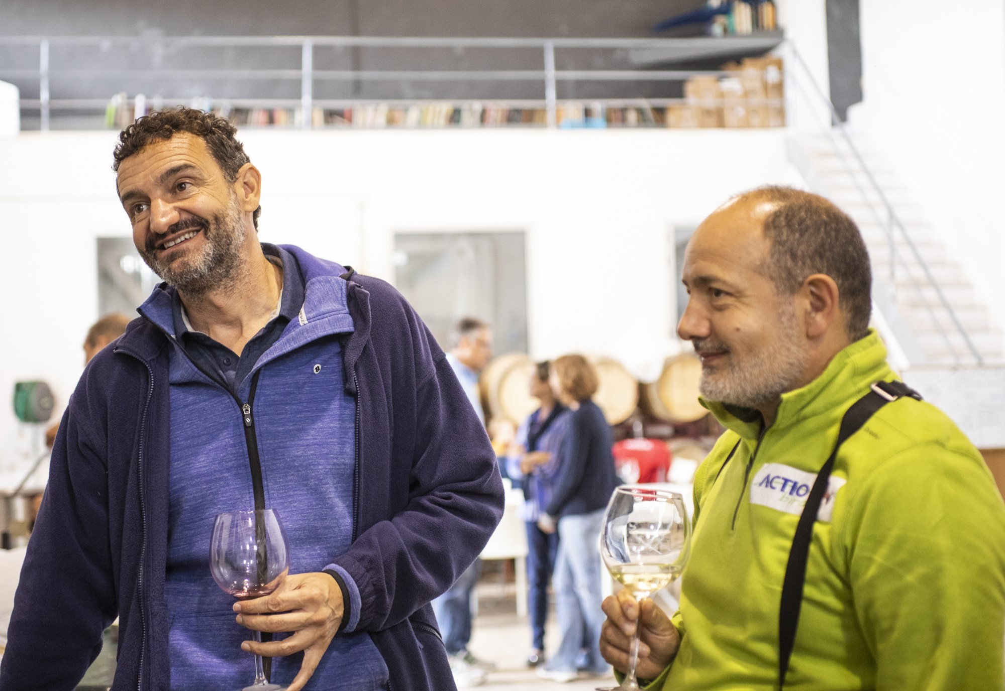 Diego Fernández Pons y Virgilio Beltrán, dos amantes de las aves y el vino.