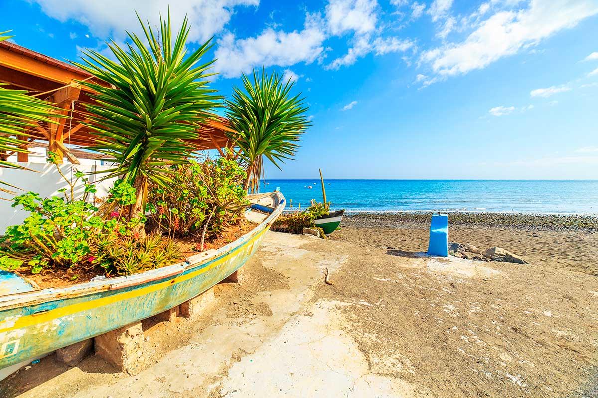 Los colores de Fuerteventura enamoran en Tarajalejo. Foto: Shutterstock