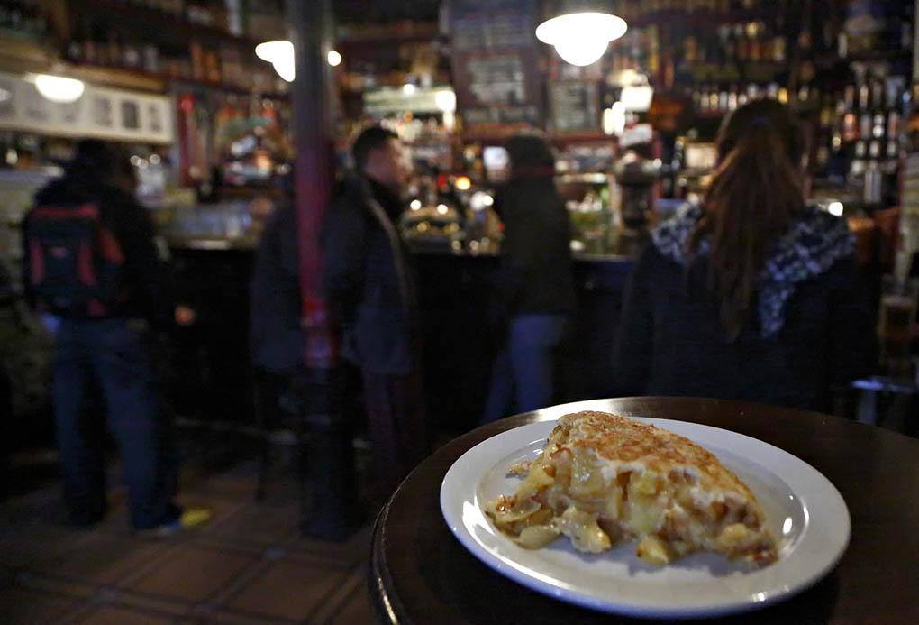 Tortilla de la Bodega Ardosa. Foto: Roberto Ranero.