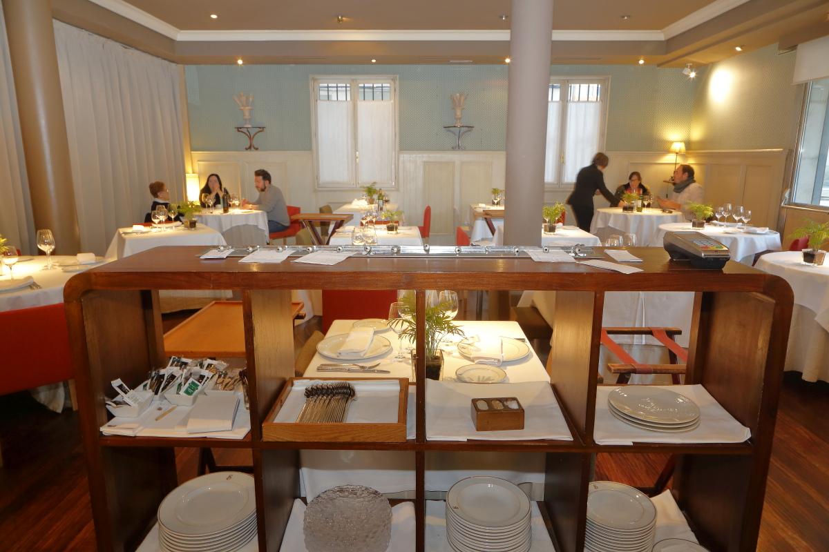 Restaurante 'Tradición Echaurren'. Salón