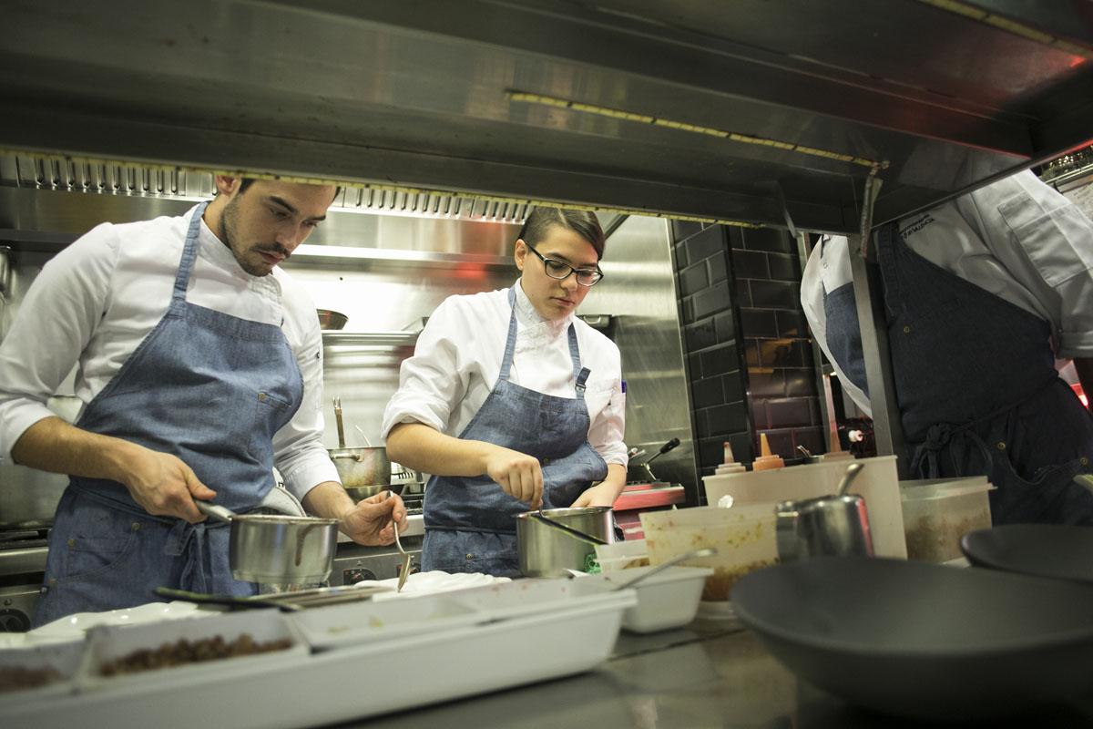 """El equipo de 'La Salita' es """"el alma"""" del restaurante."""