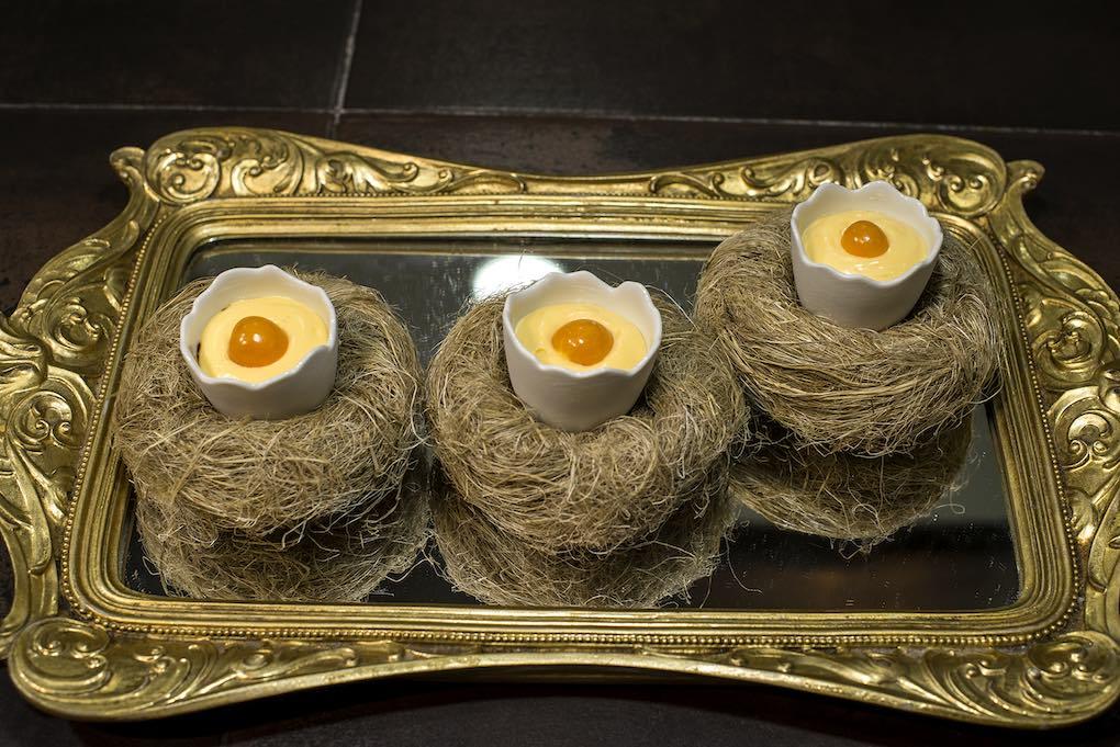 No es un huevo, es un physalis peruviana.