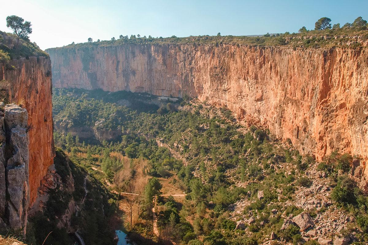 El Cañon del Turia es uno de los lugares más espectaculares de la comunidad. Foto: Shutterstock.