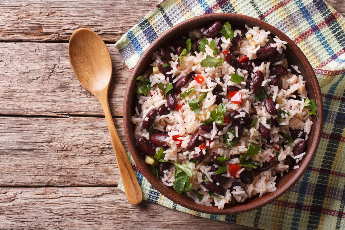 Una versión de arroz con alubias. Foto: Shutterstock.