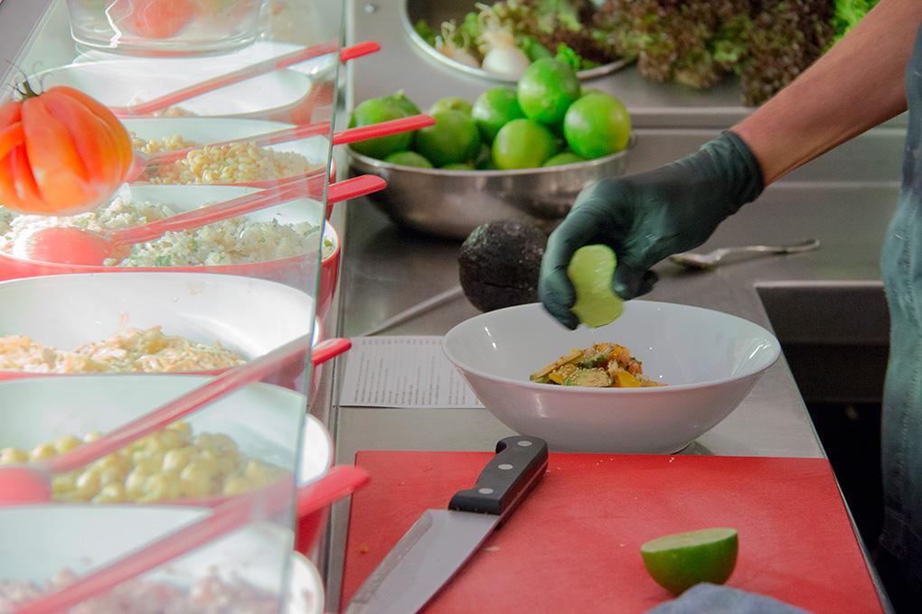 'Flash Flash' fue de los primeros restaurantes de Barcelona que ofrecía bufet de ensaladas.
