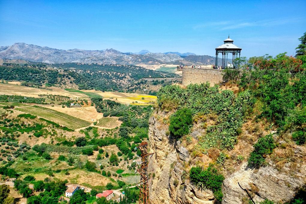 Un mirador desde el que te sentirás casi en el aire. Foto: shutterstock.com.