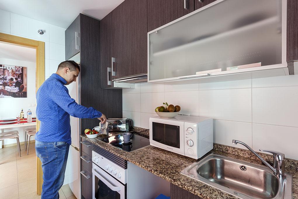 Las cocinas están equipadas con todo el menaje y electrodomésticos.