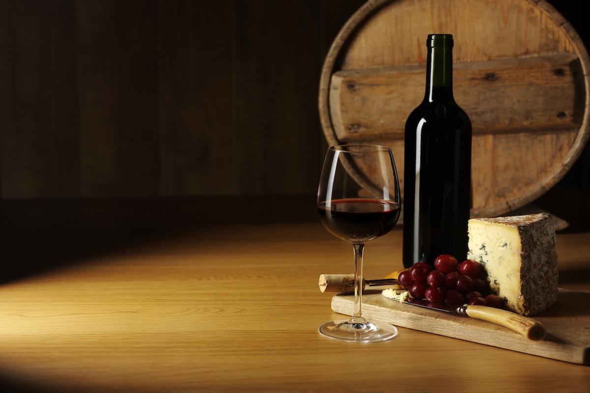Armonía de vinos y quesos.