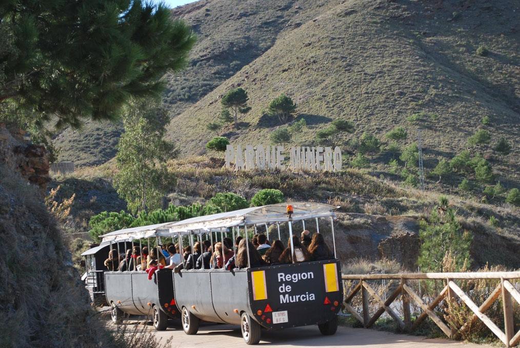El tren minero, la delicia para los más pequeños. Foto: Facebook.