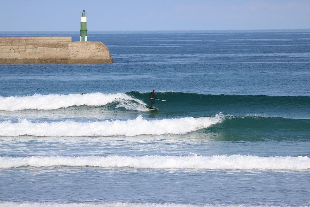 'Paddle surf' en El Farolillo. Foto: Buena Onda.