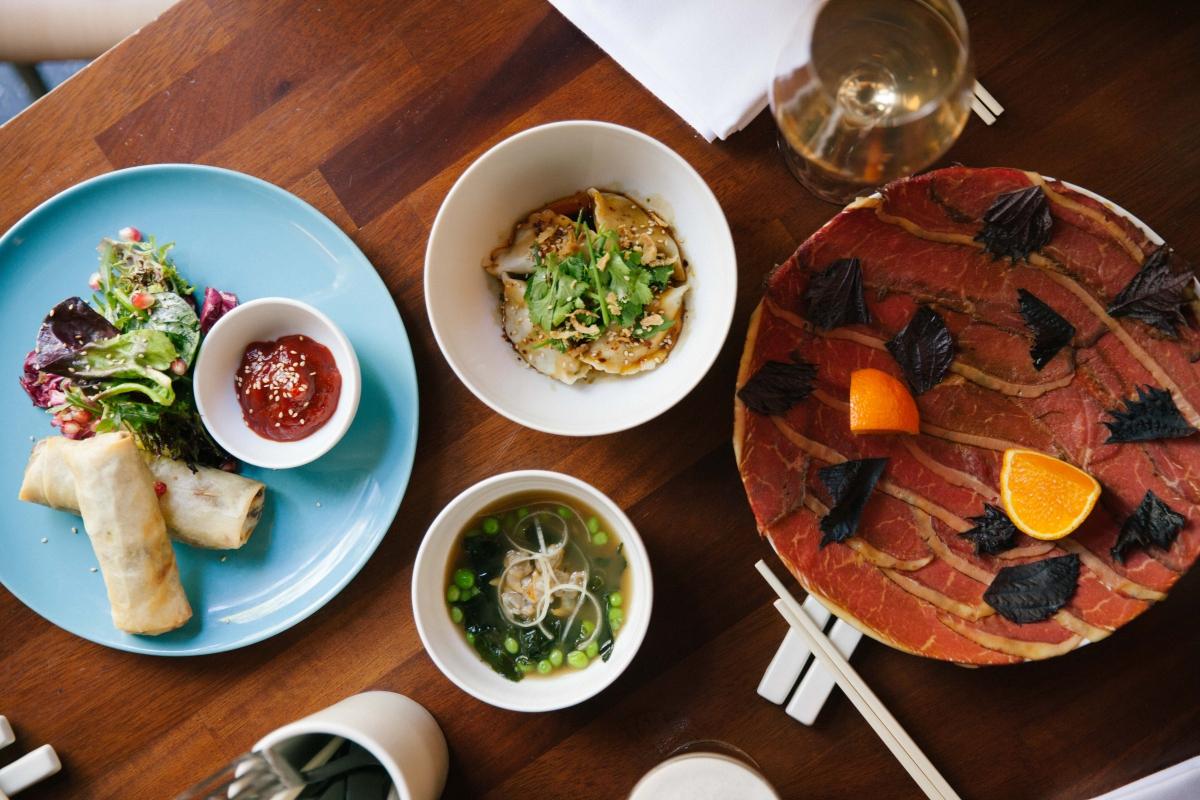 Uno de los menús de comida vietnamita. Foto: Casa Bonay. Anthony Pérez.