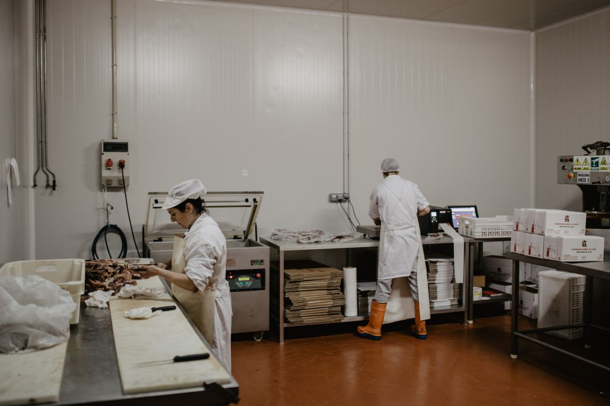 El sector genera empleo en la zona, además de conservar una tradición que cuenta ya con medio siglo.