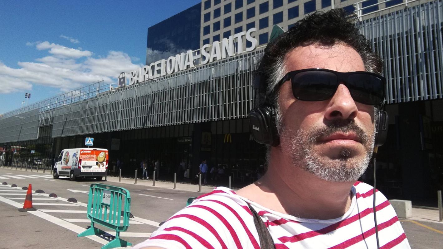 La estación Barcelona-Sants, su otra casa. Foto: cedida