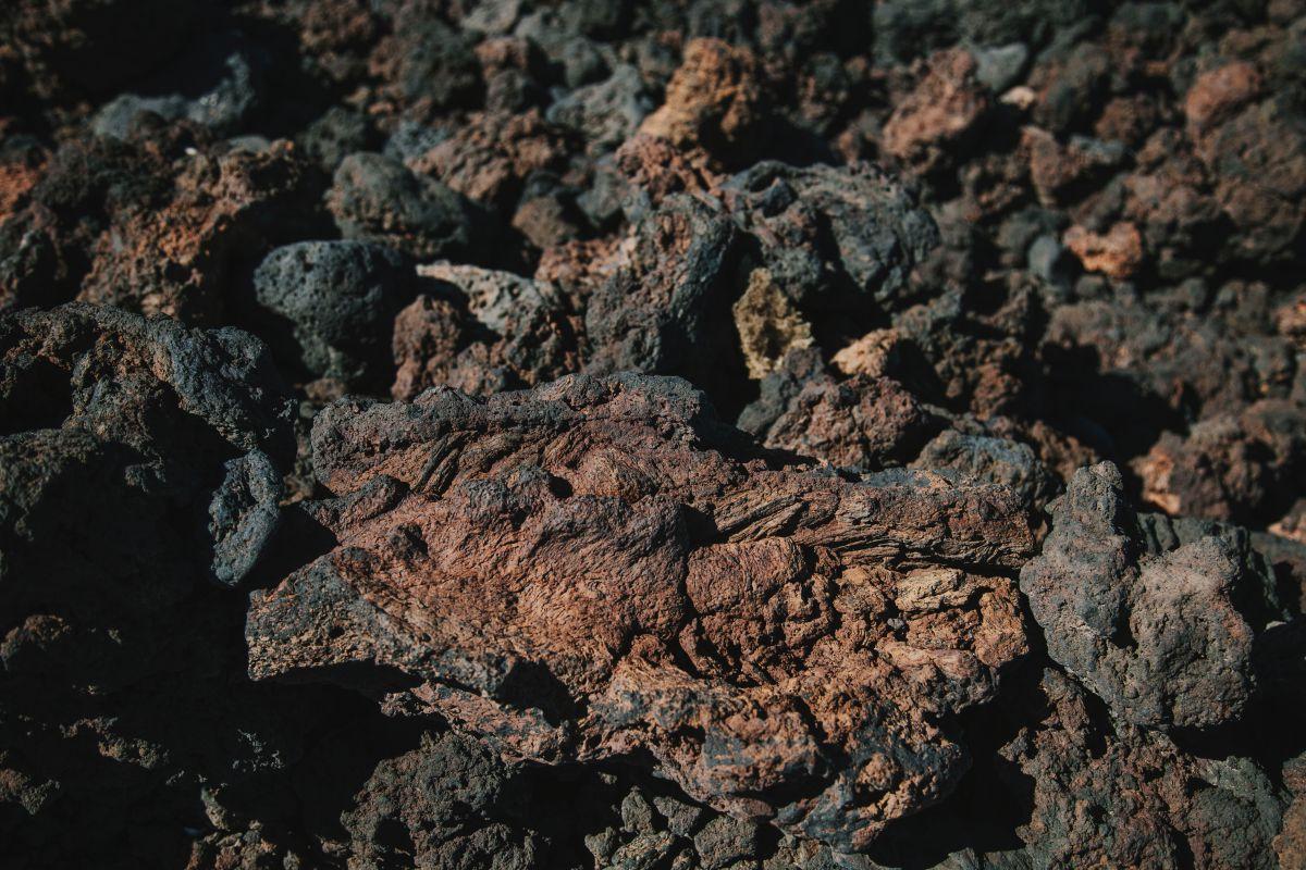 La lava cordada que siguió su curso hacia el mar.
