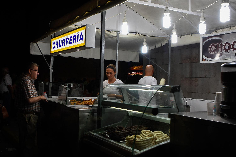 Los churros, toda una tradición. Verbena de la Magdalena. Foto: Manuel Ruiz Toribio.