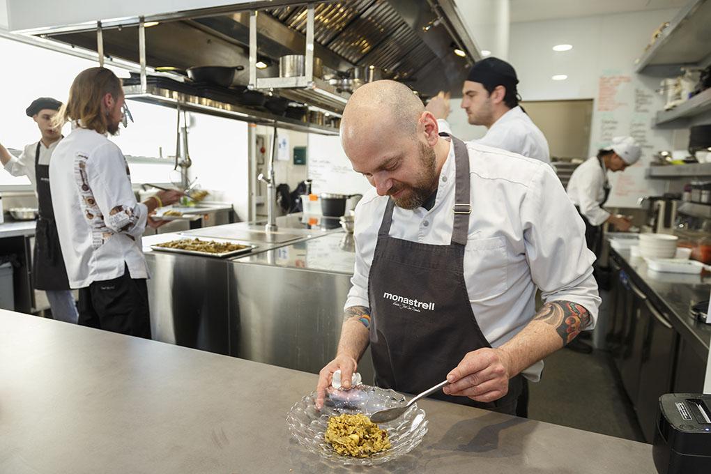 Federico Pian lleva tres años como jefe de cocina del 'Monastrell', pero conoce desde hace 20 años a San Román.