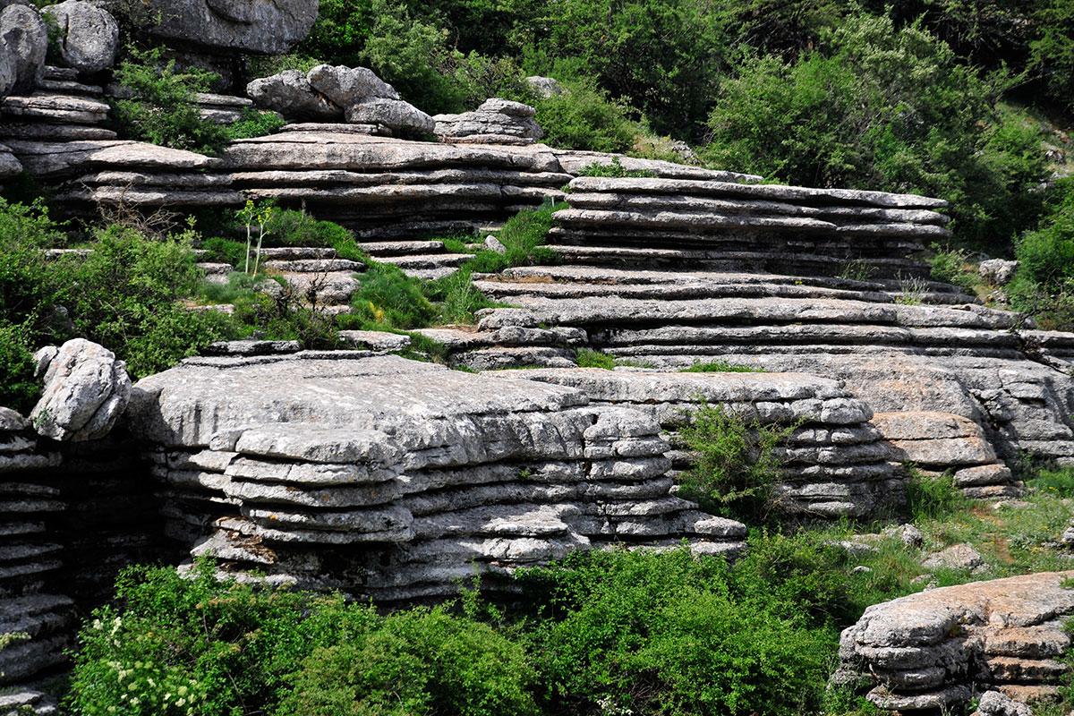 Antequera: Diferentes aspectos de las formaciones kársticas del espacio natural del Torcal. Foto: Alfredo Merino | Marga Estebaranz