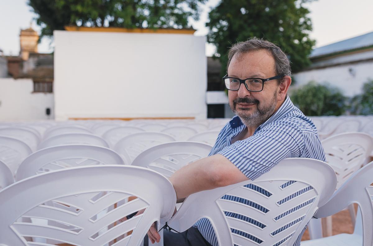 Martín Cañuelo, cinéfilo y gerente de la empresa que gestiona los cines históricos de la ciudad.