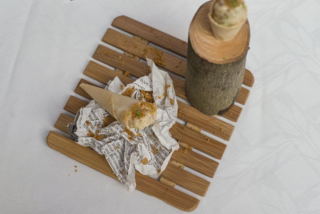El cucurucho crujiente relleno de queso viejo ha sido la tapa que ha inaugurado el concurso.