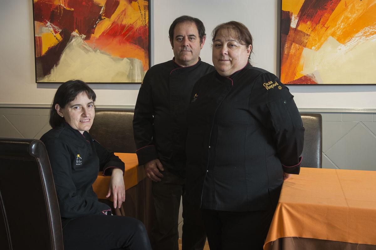 Belén, José y Aurora, parte del equipo del restaurante 'Octavio'.