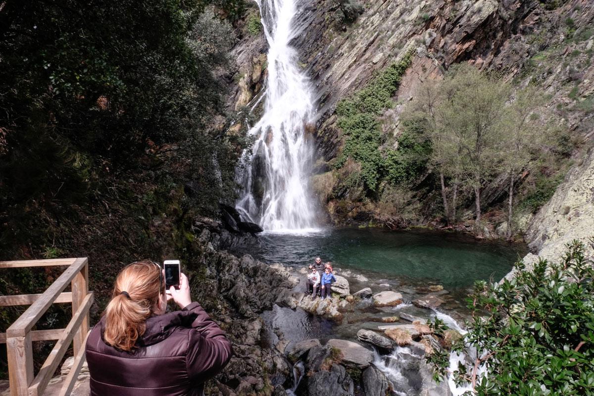 El Chorrituero en Ovejuela es uno de los más espectaculares de la comarca.