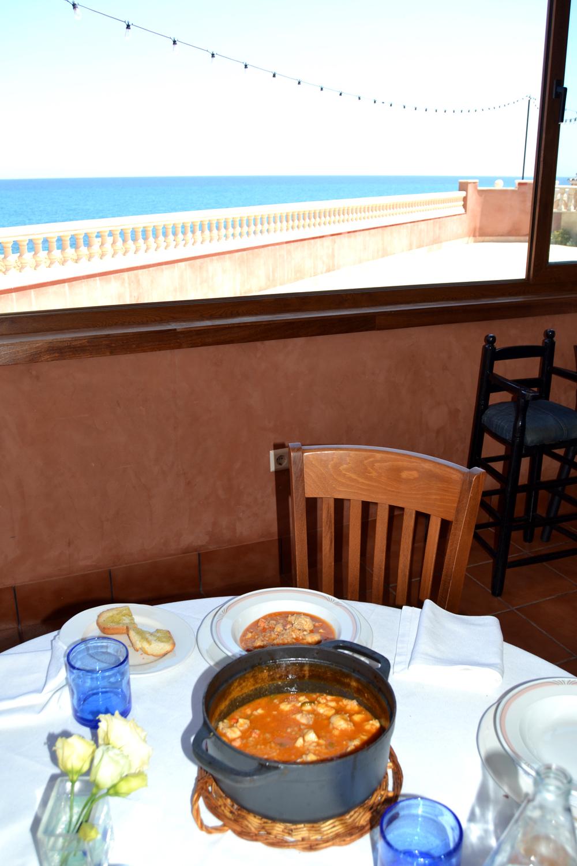 Un buen arroz caldoso y unas vistas que son una delicia. Foto: A.M.