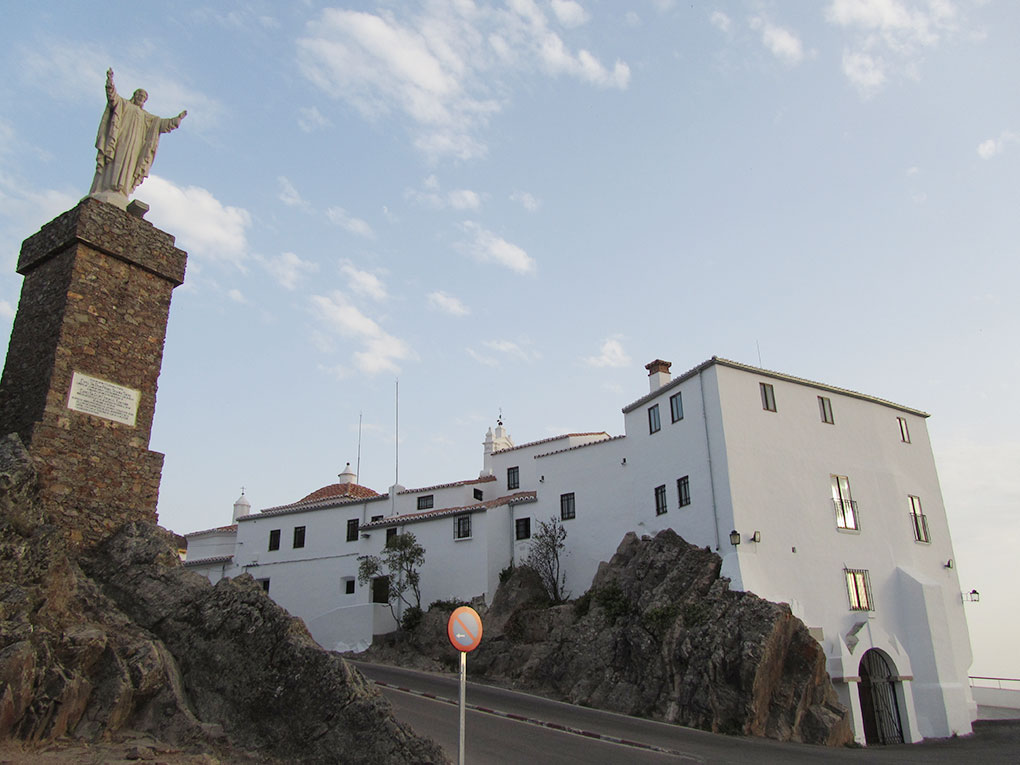 Santuario de Nuestra Señora de la Montaña. Foto: Banco de Imágenes del Ayuntamiento de Cáceres.