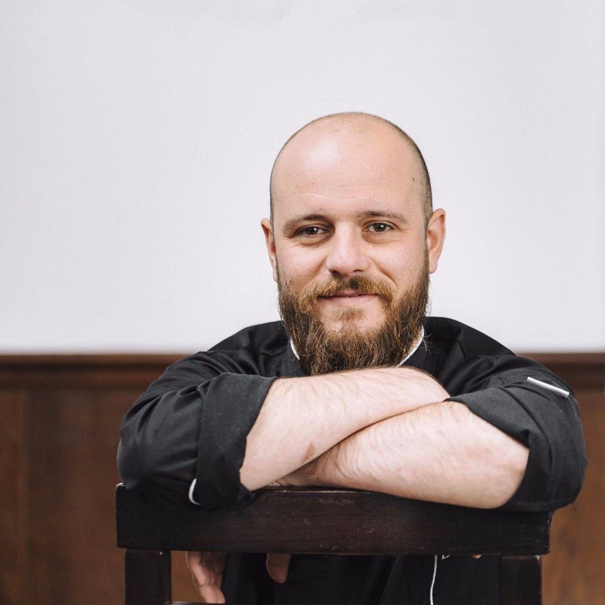 El chef, Luis Ángel Pérez, 'Medea', curtido en los fogones de restaurantes como 'DiverXo'. Foto: Facebook.