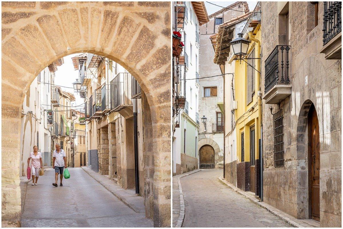 Las callejuelas de Mora de Rubielos tienen ocho siglos de historias que contar.