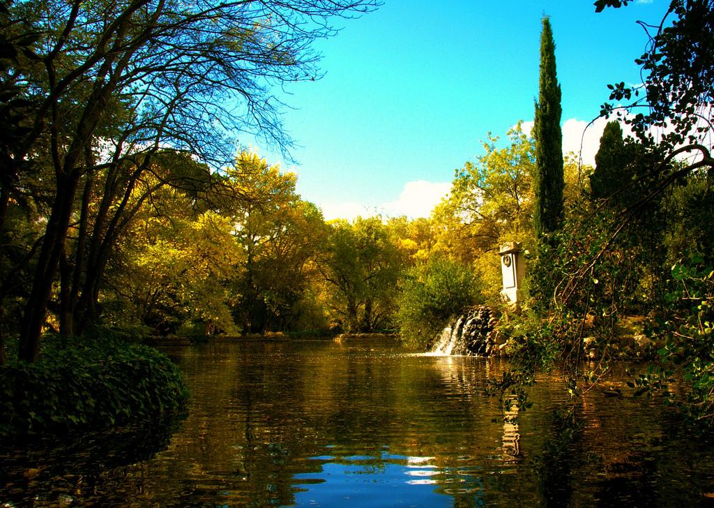 El espectacular Jardín El Capricho de la Alameda de Osuna. Foto: José Javier Martin Espartosa (con Creative Commons).