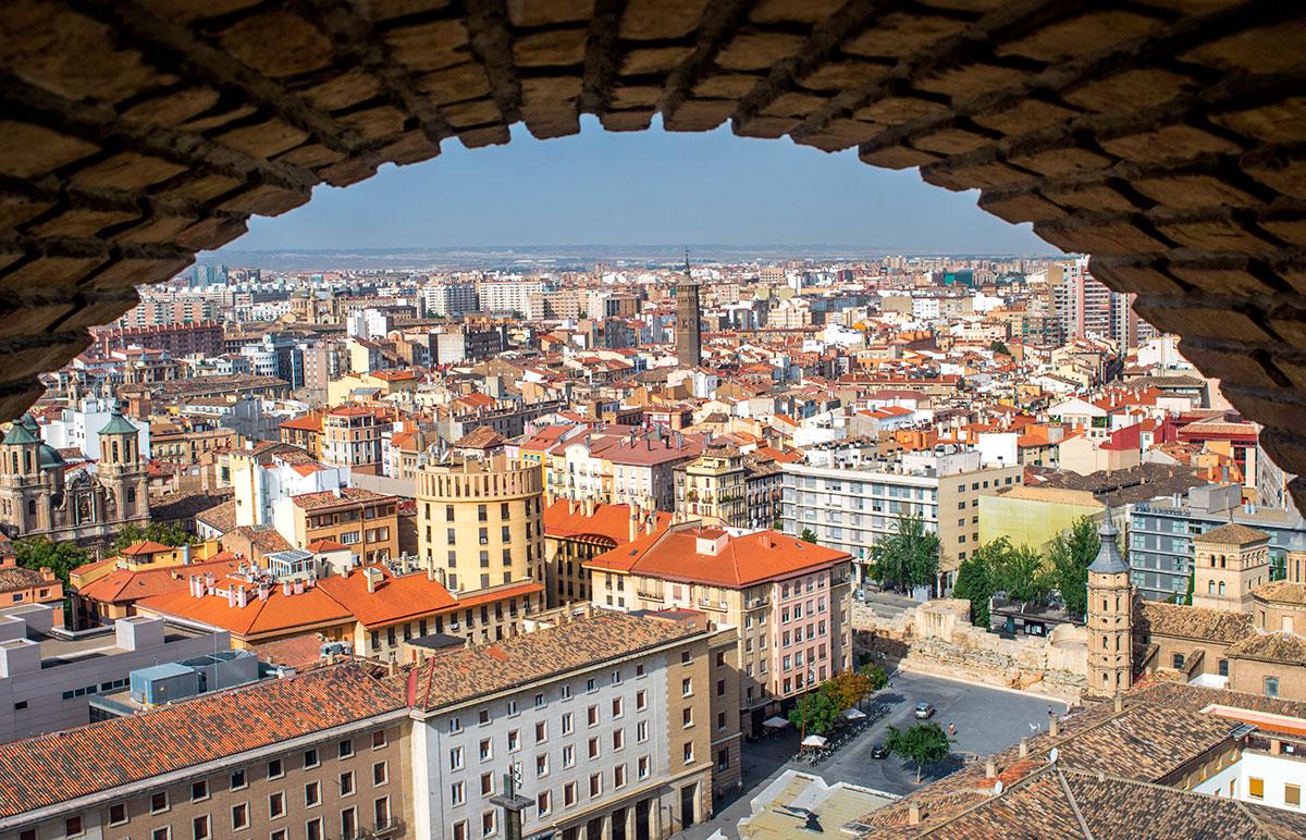Así se ve la capital aragonesa desde una de las torres. Foto: Shutterstock