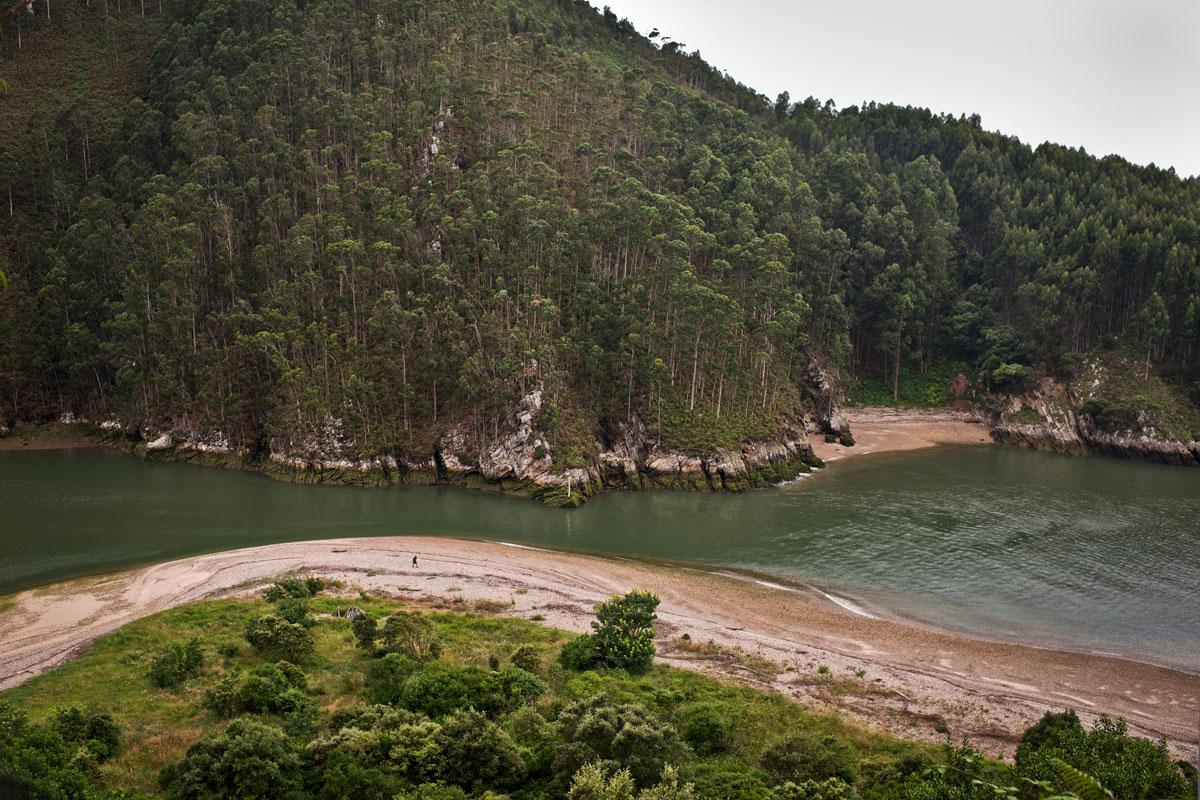 La desembocadura del Nansa o Tina Menor, lugar de ensueño. Foto: Sofía Moro.