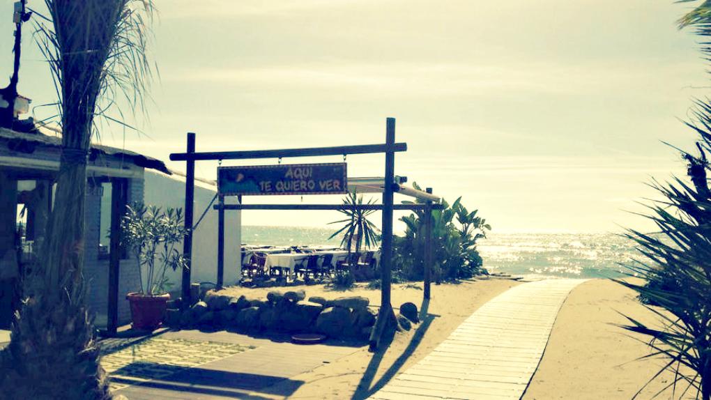 Las vistas de la playa de Marbella desde Aquí te quiero ver. Foto: Facebook.