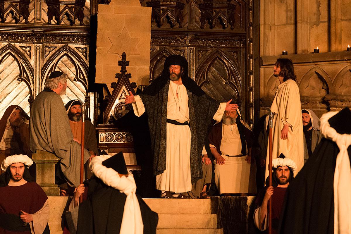 Casi 700 personas están involucradas de una u otra manera en la representación. Foto: Asociación Vía Crucis Balmaseda.