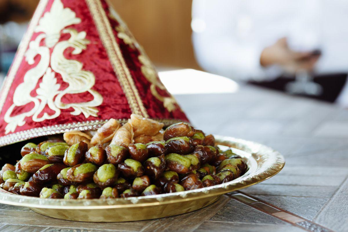 Dátiles rellenos de mazapán, una tentación muy golosa. Foto: Shutterstock