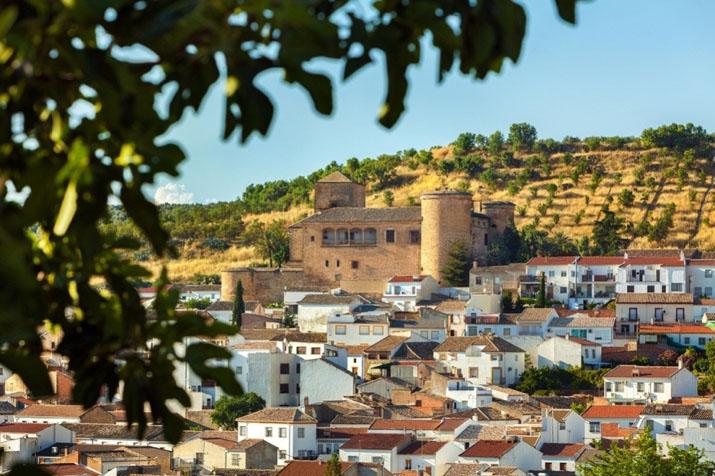 El Castillo de Canena, hoy propiedad de la familia Vañó, y en su día de Francisco de los Cobos. Foto cedida.