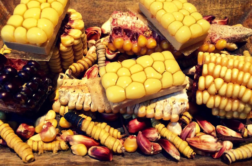 Tatin de foie gras y maíz de Disfrutar. Foto: Belén Parra