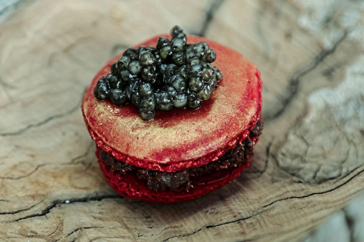 Macaron de caviar, de Sollo.