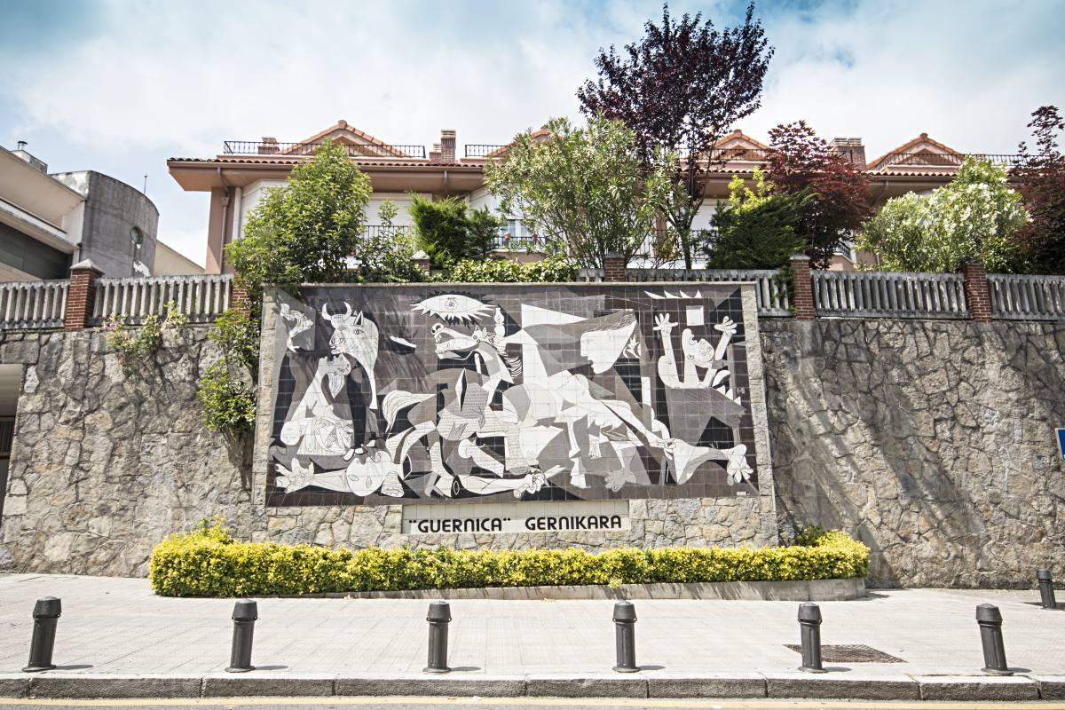 Guernica, símbolo de la concordia. Foto Shutterstock