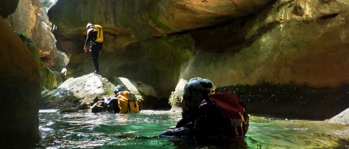 El barranquismo nos permite acceder a lugares que nos impresionarán. Foto: Flickr -drd-.