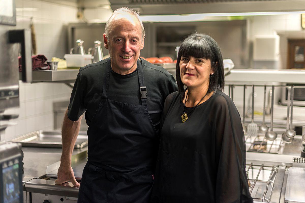 Bittor y Marta Patricia al finalizar el servicio de mediodía.