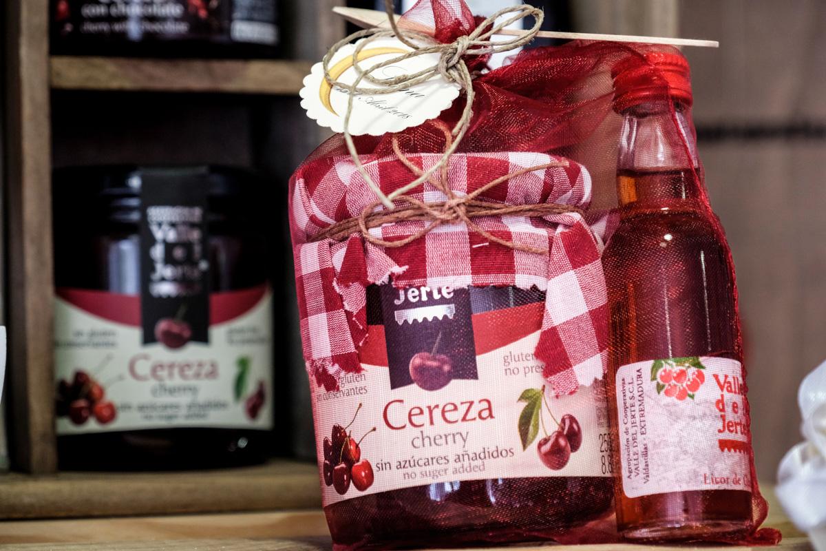 Los productos de la tienda se preparan en embalajes especiales, a petición del cliente.