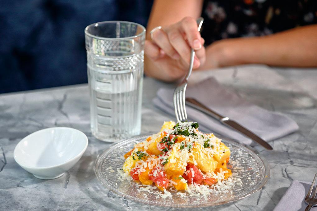 Para el verano, la ensalada de cítricos es una buena opción.